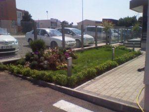 Озеленяване пред офис сграда Sun Systems [10]