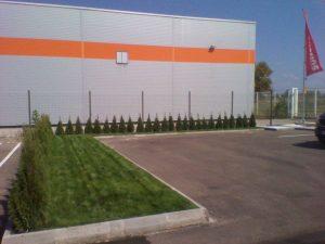Озеленяване пред офис сграда Sun Systems [12]