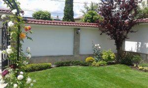 Озеленяване на двор, с. Доброславци [4]