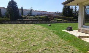 Поддържане и озеленяване на двор Горна Баня [20]