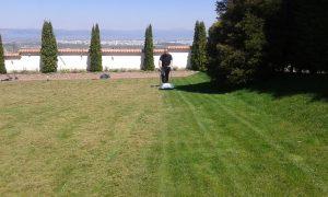 Поддържане и озеленяване на двор Горна Баня [21]