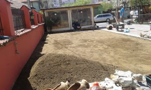 Озеленяване на двор, кв. Модерно предградие [10]