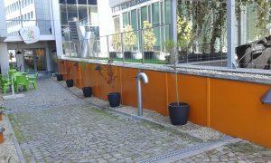 Озеленяване на зелени площи пред офис сграда [5]