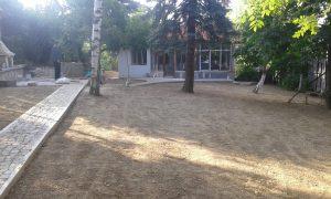Озеленяване на двор, кв. Драгалевци [21]