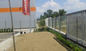 Озеленяване пред офис сграда Sun Systems [20]