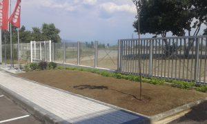 Озеленяване пред офис сграда Sun Systems [3]