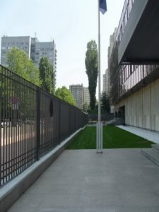 Затревяване на площи – Немско посолство [2]